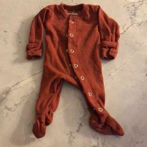 L'oved Baby maroon sleeper